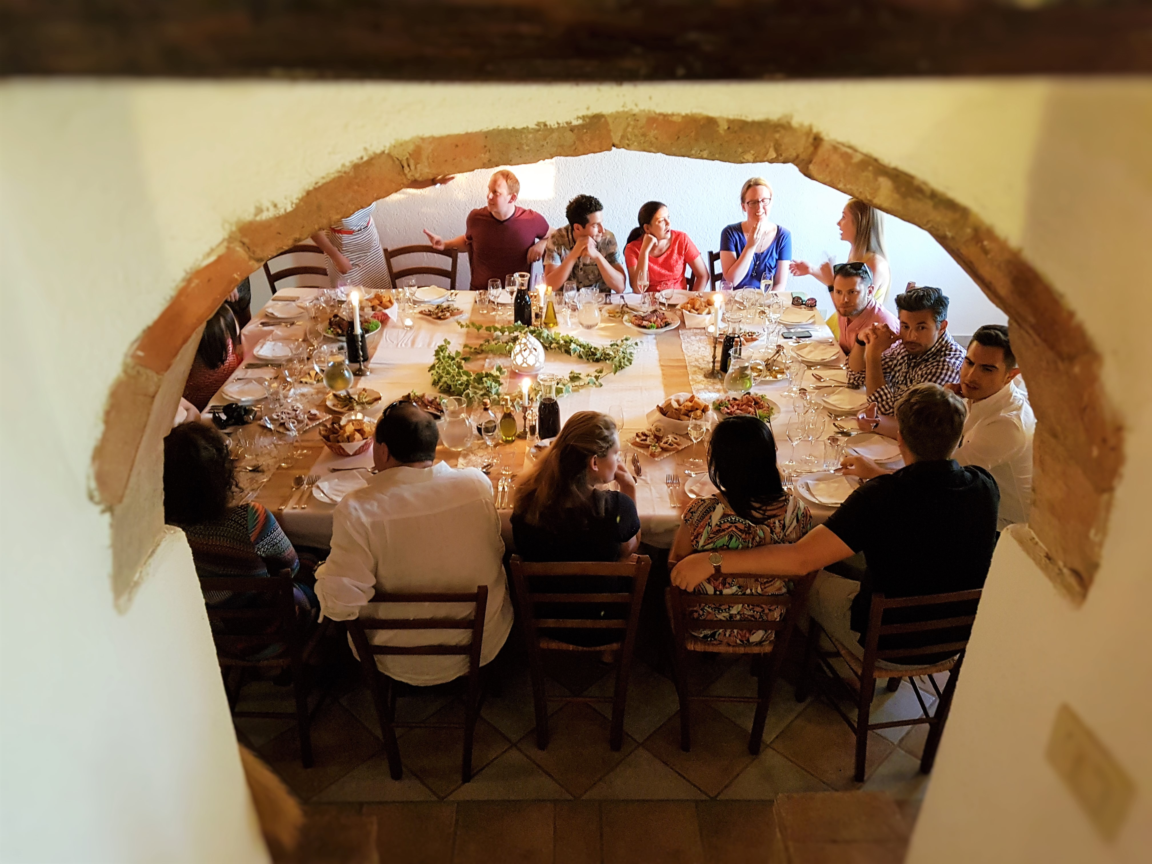 Everyone sits together at our Tuscan Banquet at our Chianti Vacation Rentals in Tuscany