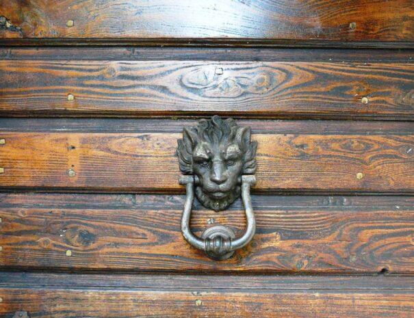 Forno front door