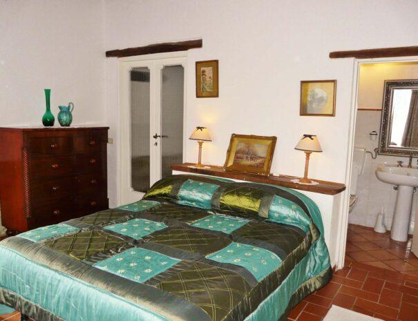 Stalle east bedroom 2