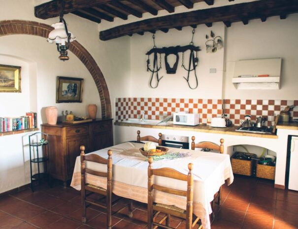 Stalle kitchen (L) (2500x1669)